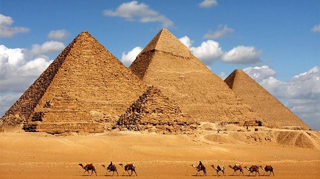 Vì sao các Pharaoh chuyển nơi yên nghỉ từ kim tự tháp sang hầm mộ dưới đất?