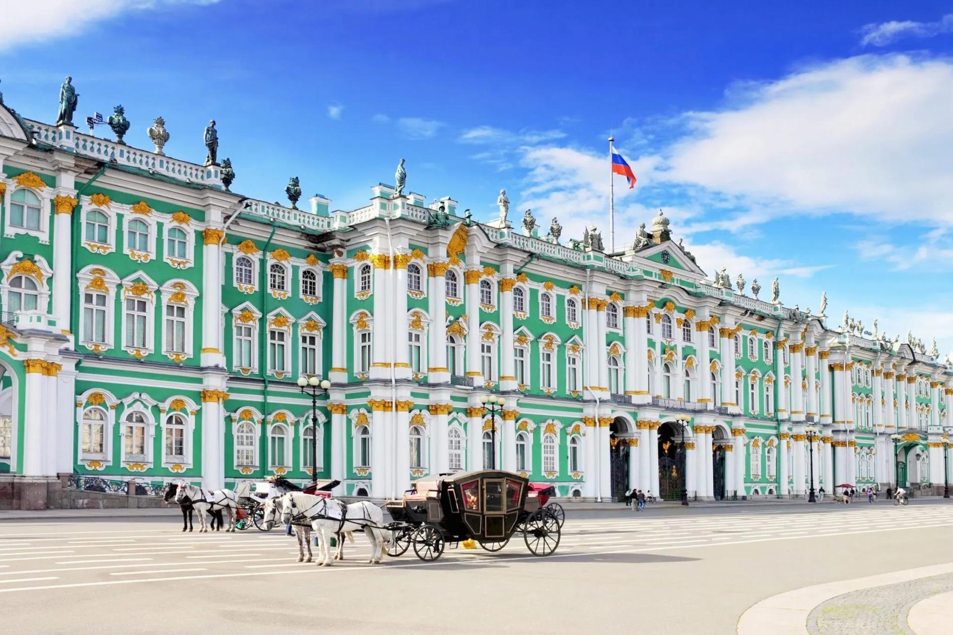 Cung điện Mùa Đông, công trình biểu tượng của Nga
