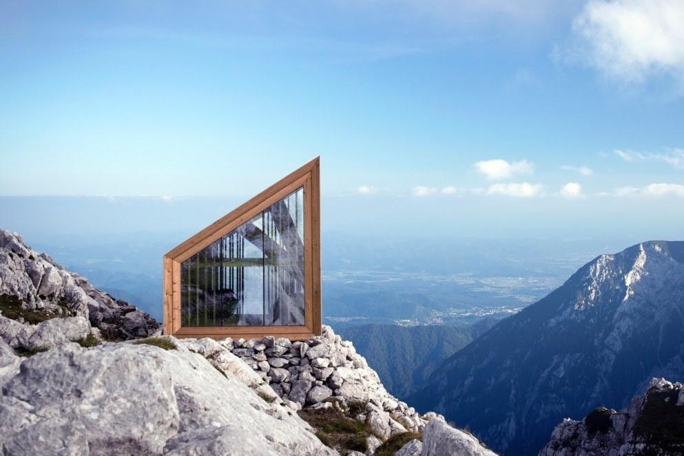 Căn phòng miễn phí nằm trên vách núi cao hơn 2.500 m