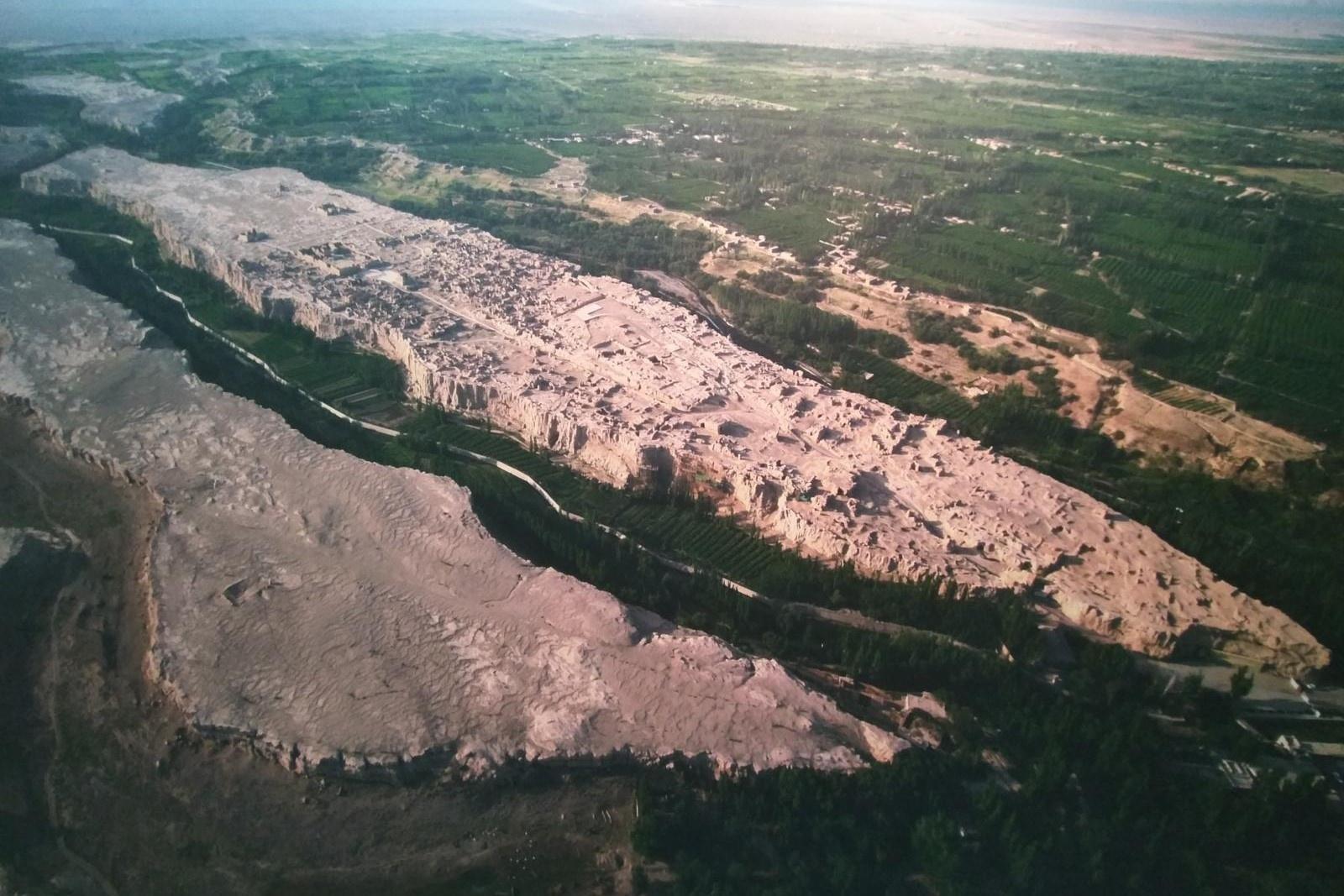 Thành cổ hơn 2.000 năm nằm dọc con đường tơ lụa