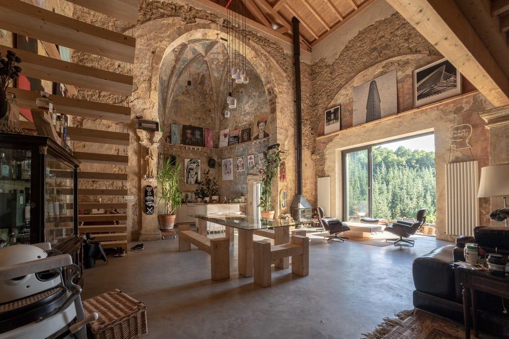 Biến nhà thờ bỏ hoang thành nơi nghỉ dưỡng giá 2 triệu USD