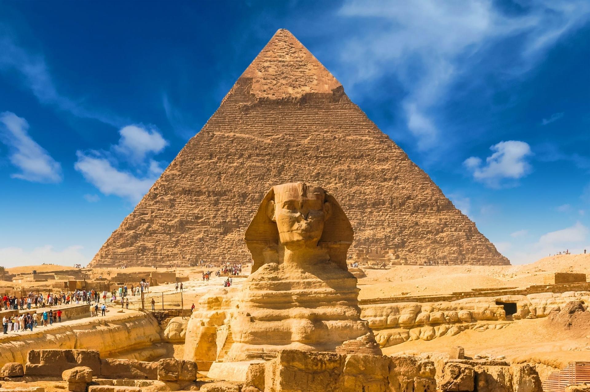 Kim tự tháp nhiều bí ẩn và lớn nhất Ai Cập cổ đại