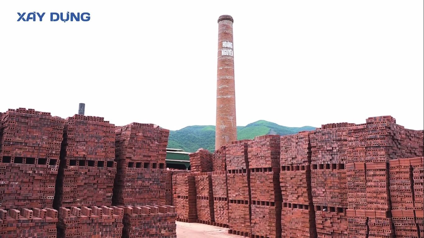 Nghệ An: Hàng loạt nhà máy sản xuất gạch ngói hoạt động trái phép