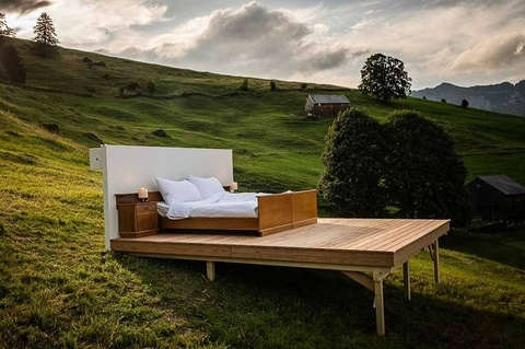 Phòng khách sạn lộ thiên giữa núi