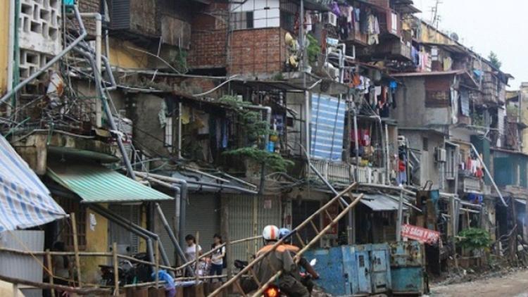 TP HCM không dễ xóa chung cư cũ nát